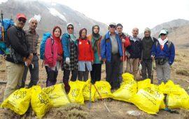 پاکسازی حصارچال به مناسبت ۴ مهر روز پاکسازی کوهستان