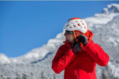 آشنایی بیشتر با کلاه کاسک های کوهنوردی
